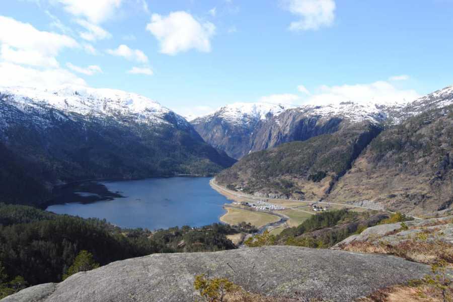 Åkrafjorden Oppleving AS Familetur til Jettegrytene Rullestad