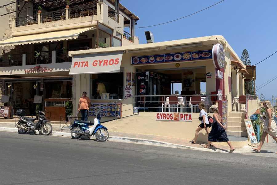 Destination Platanias The Twins- Souvlaki Gyros