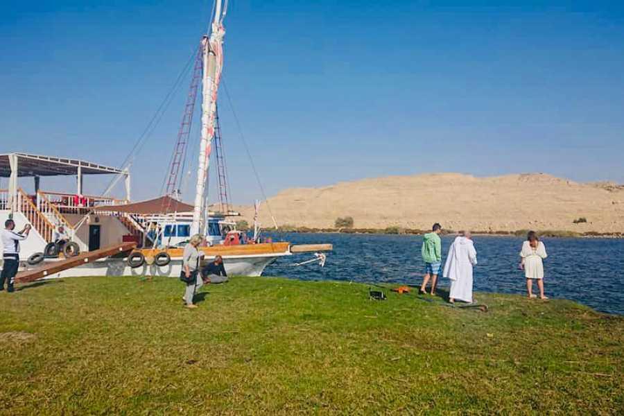 Journey To Egypt Three Pyramids Dahabiya Nile Cruise
