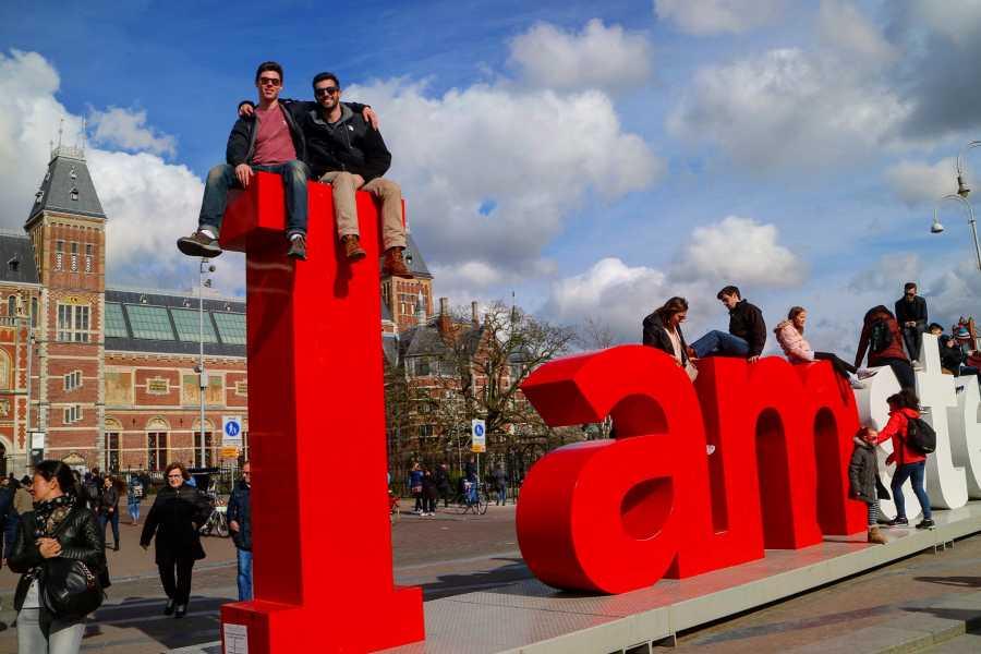 Bus2Alps AG Amsterdam, Paris & Barcelona