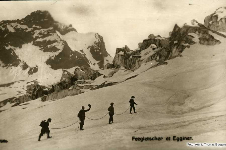 Saas-Fee Guides Glacier Tour Tricouni