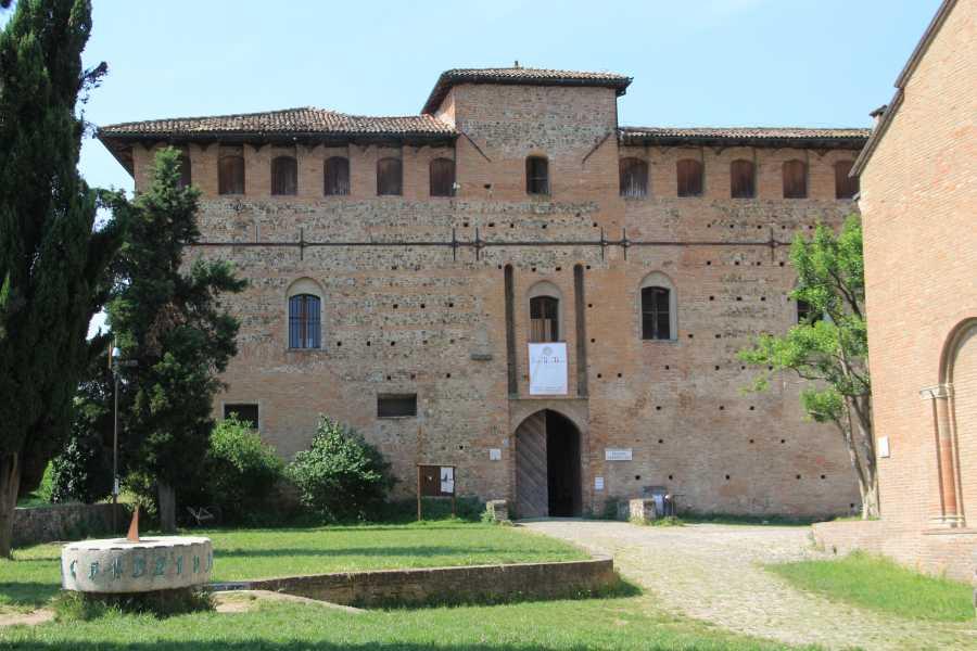 Bologna Welcome - eXtraBo Alla scoperta di ville e castelli: novembre