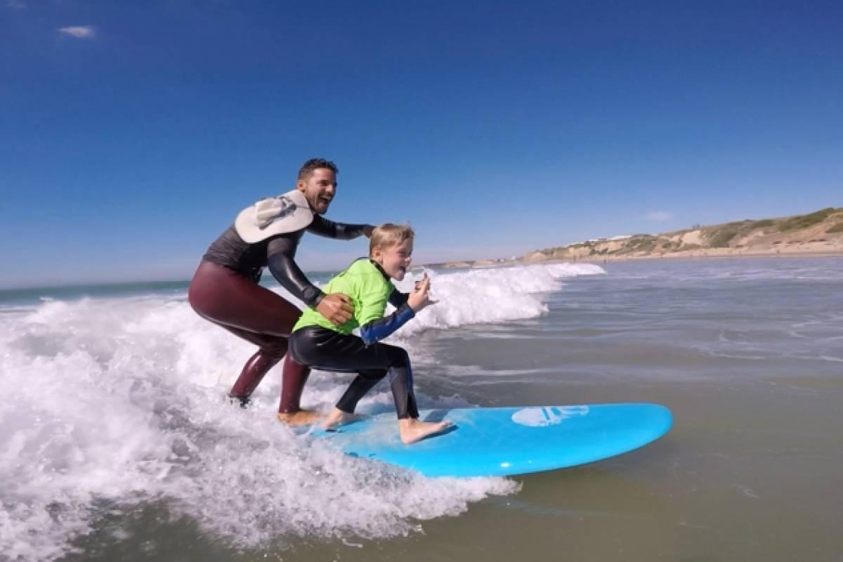 Oceano Surf Camps Surfstunden für Kinder in Conil de la Frontera