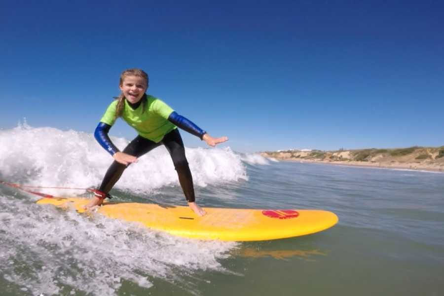 Oceano Surf Camps Surfstunden für Kinder in Conil de la Frontera