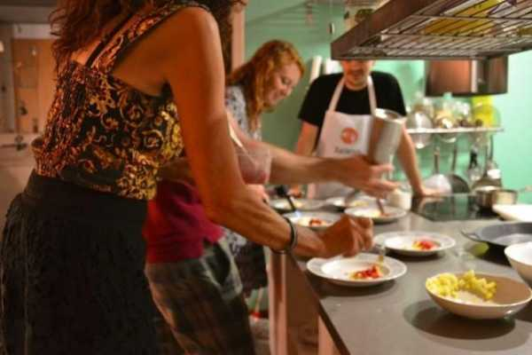 """Lillifood""  Pintxos & tapas cooking class."
