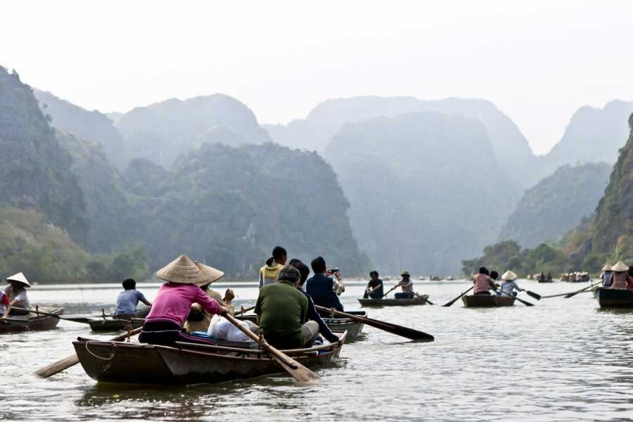 Friends Travel Vietnam Hoa Lu Tam Coc Daytour Ninh Binh