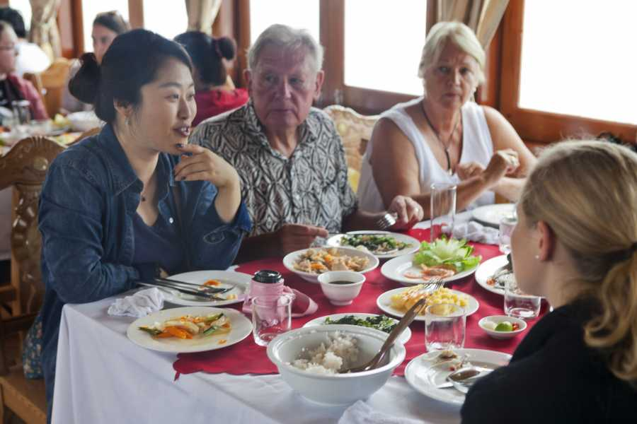 Friends Travel Vietnam Halong Bay Day Cruise Tour