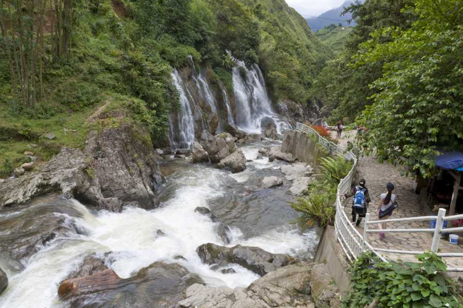 Friends Travel Vietnam Real Sapa Experience 4D3N by Sleeper Bus [2 Day trekking]