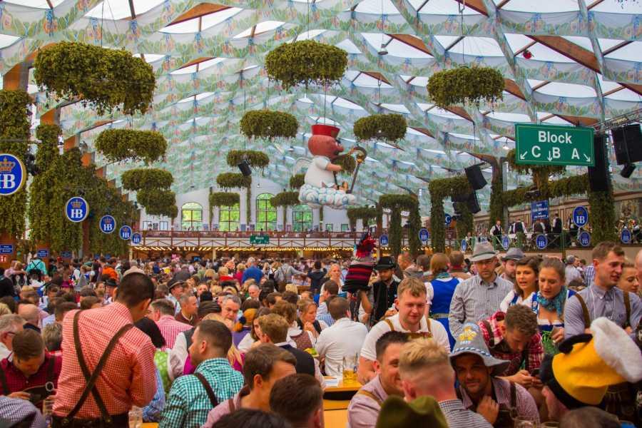 Bus2Alps AG Copenhagen 2 CAMPING Oktoberfest