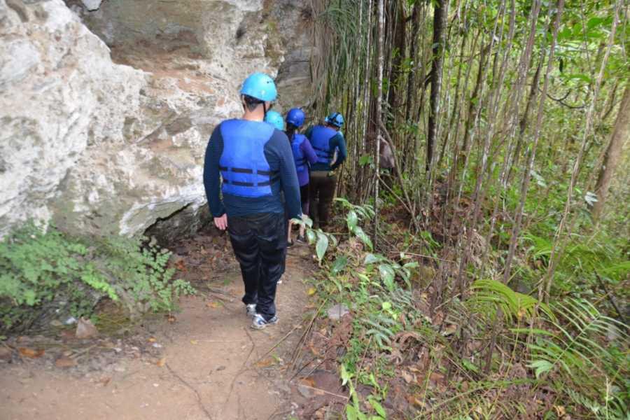 MyVacationButlers.Com River Cave Tubing - Utuado PR
