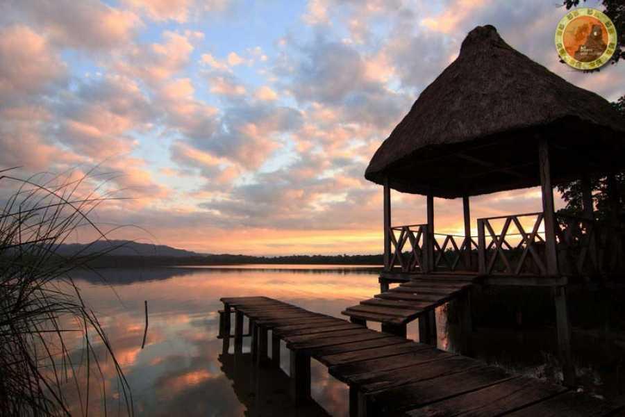 Maya World Tours Laguna Lachua One Day Tour from Coban