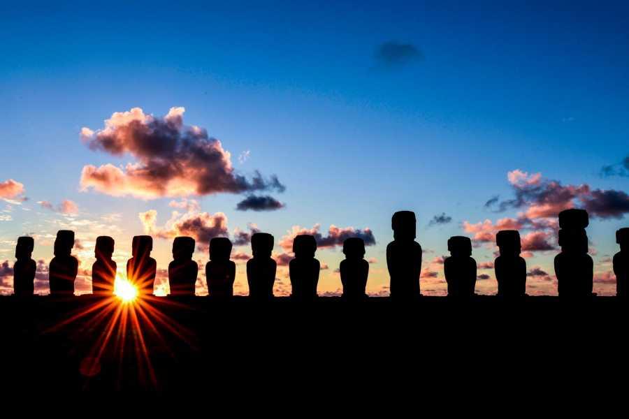 Green Island Tours - Easter Island Amanecer en Tongariki