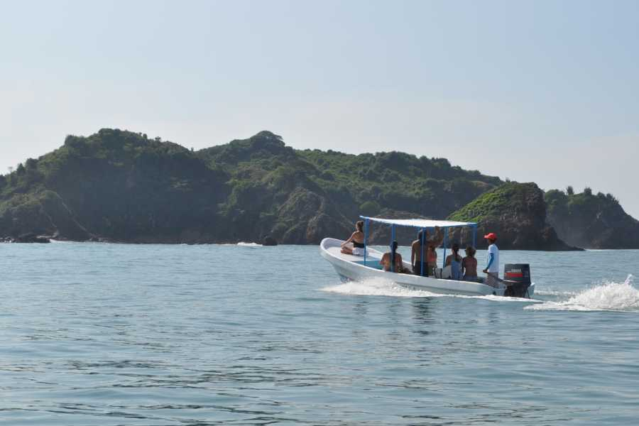 COSTA NATIVA ECOTOURS SNORQUEL TOUR TO IXTAPA ISLAND BY BOAT