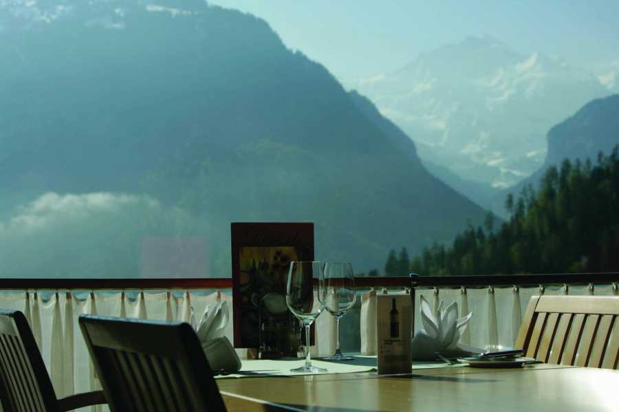 Outdoor Interlaken AG Hotel Metropole Ski Package