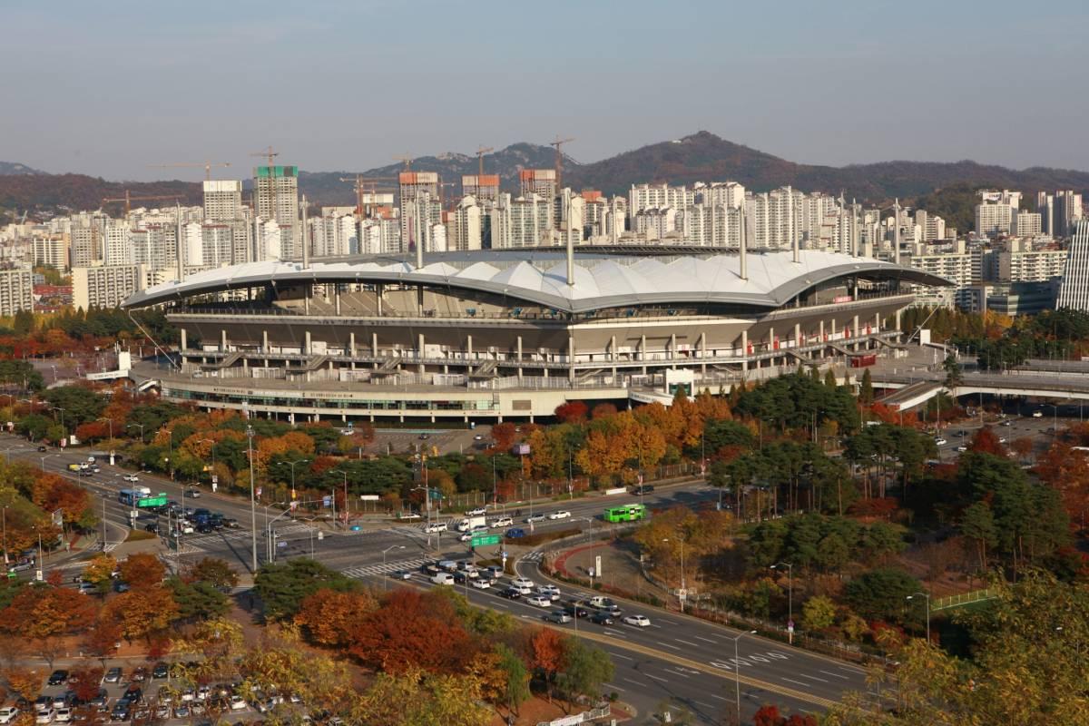 Kim's Travel 20 サムスンD'ライト&ワールドカップ競技場