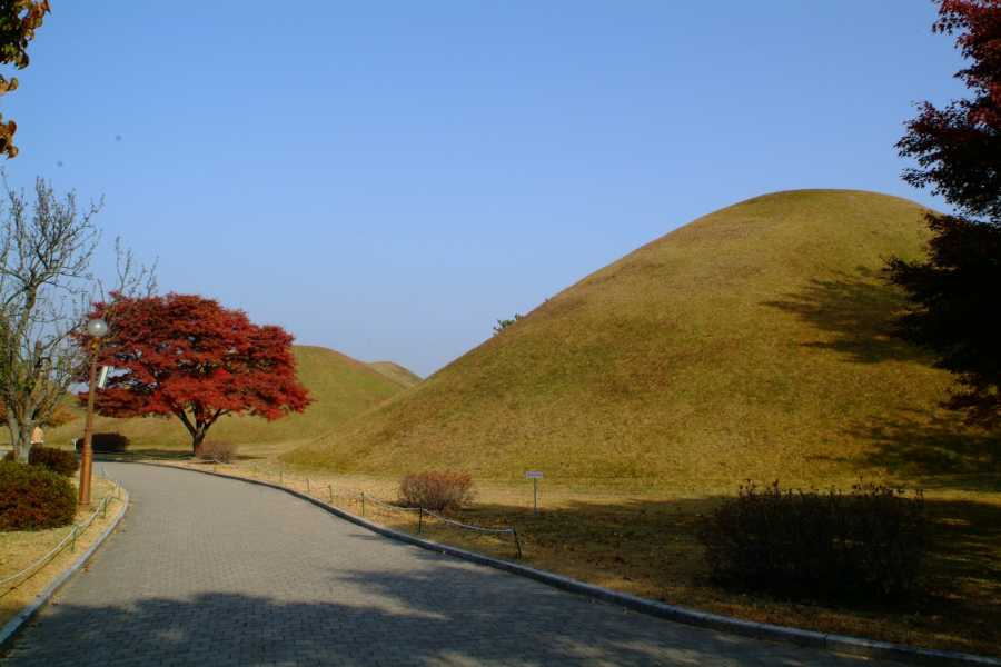 Kim's Travel KD 32 Gyeongju City Tour (2D1N)