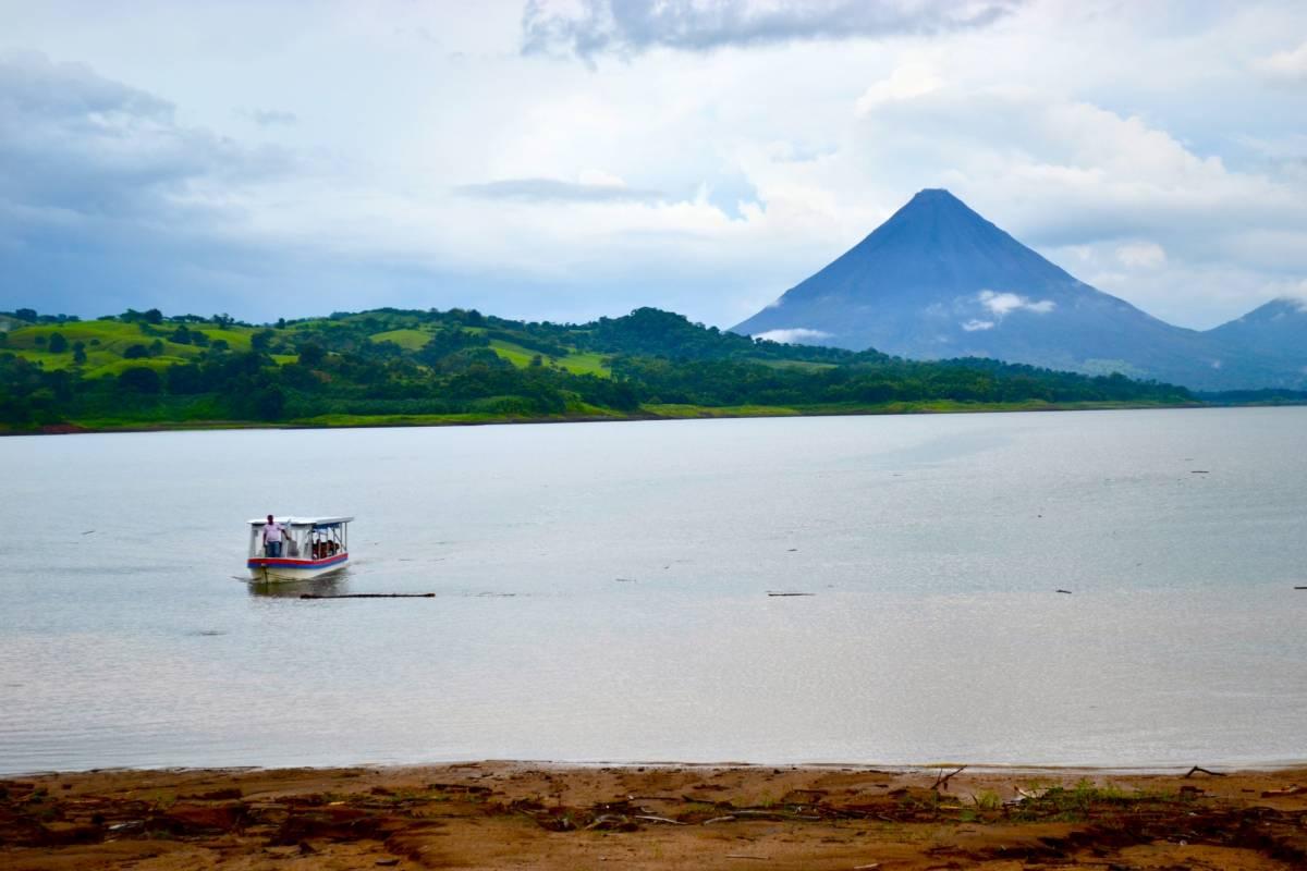 Red Lava TSC Transporte en bote Monteverde