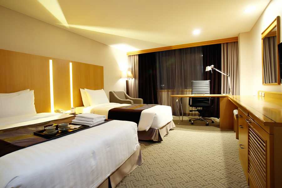 Kim's Travel Ramada Seoul