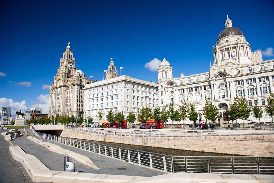 SANDEMANs NEW Liverpool Tours Tour de Los Beatles, Guerra y Cultura en Liverpool