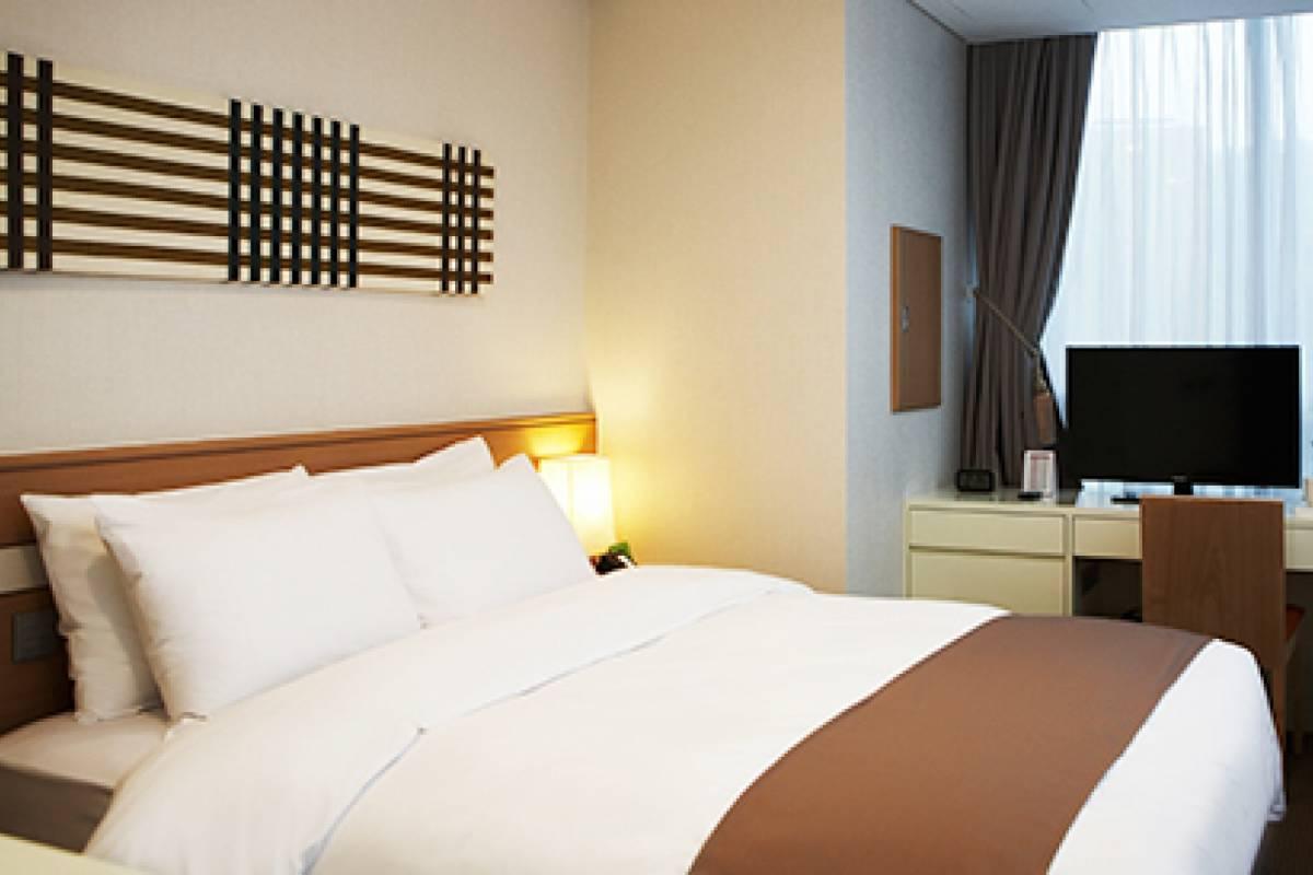 Kim's Travel Tmark Hotel Myeongdong