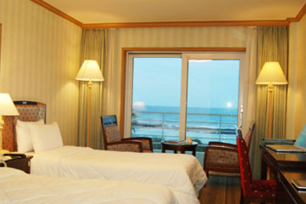 Kim's Travel Sunshine Hotel Jeju