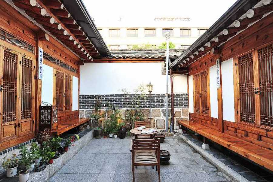 Kim's Travel Anguk Guest House