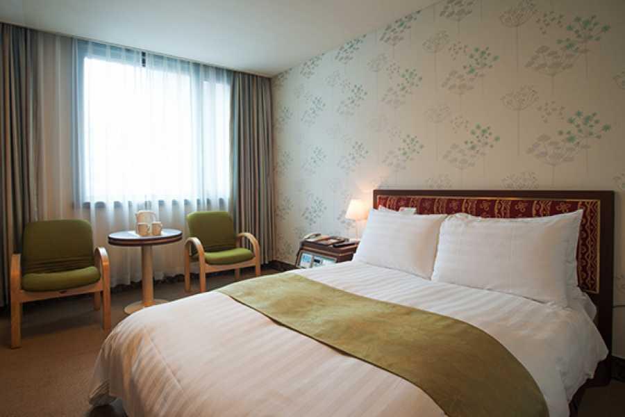 Kim's M & T New Kukje Hotel