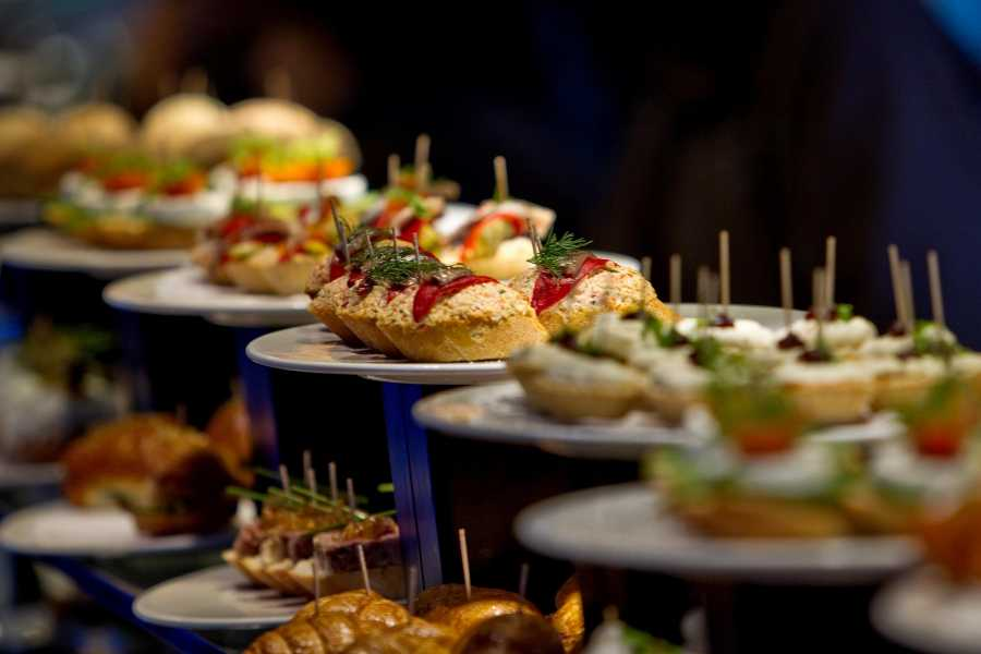ICONO Serveis Culturals Foodie&Cultural Walking Tour - Mastercard Priceless Cities
