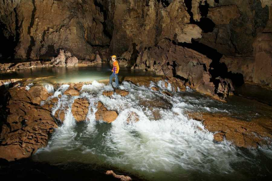 Friends Travel Vietnam Tu Lan Cave Expedition 4D3N