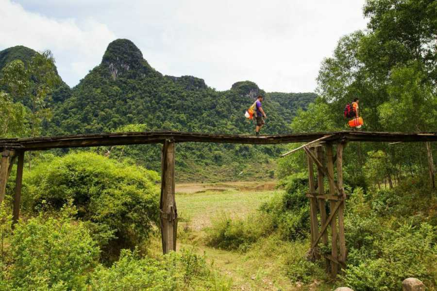 Friends Travel Vietnam Tu Lan Cave Encounter 2D1N