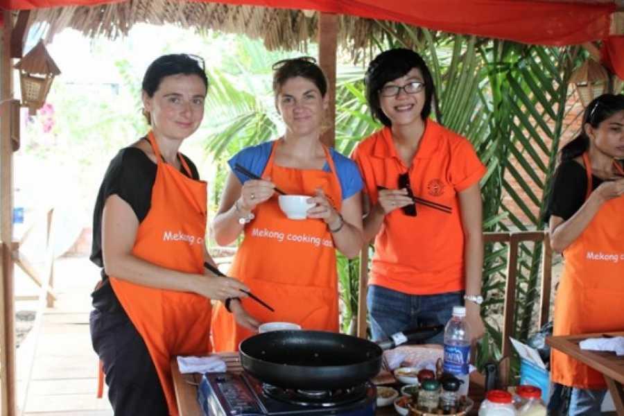 Friends Travel Vietnam A Glimpse of the Mekong Delta