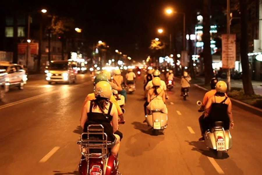 Friends Travel Vietnam The Cuisine Hoian Vespa Tour