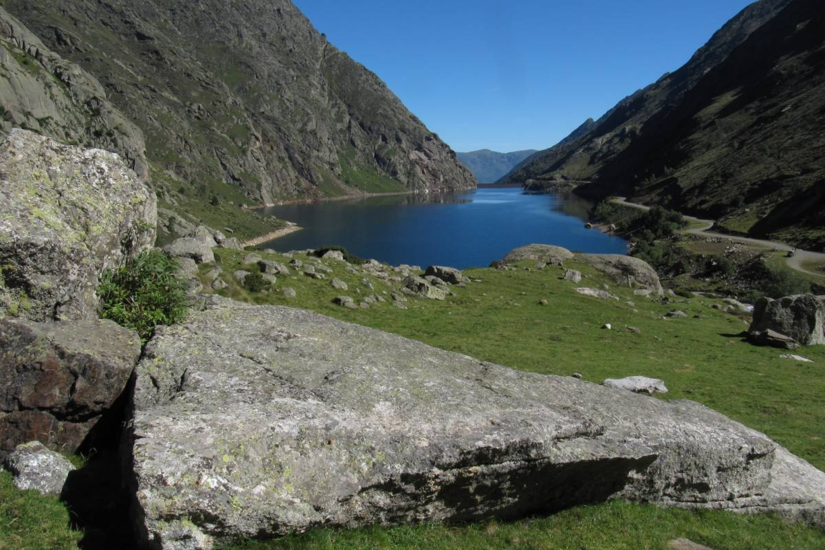 Spa Treks - Activ Adventure Pyrenees Yoga & Fitness Retreat