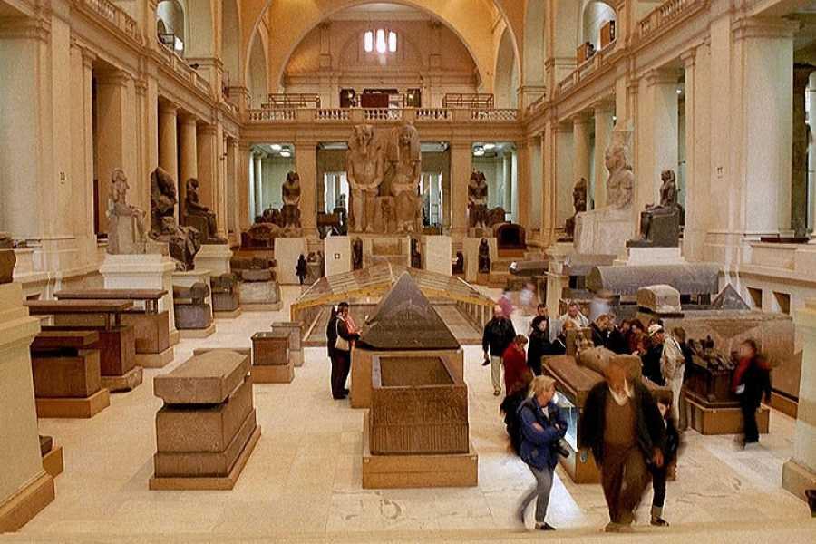 EMO TOURS EGYPT 吉萨金字塔的一日游埃及博物馆和汗哈利利集市