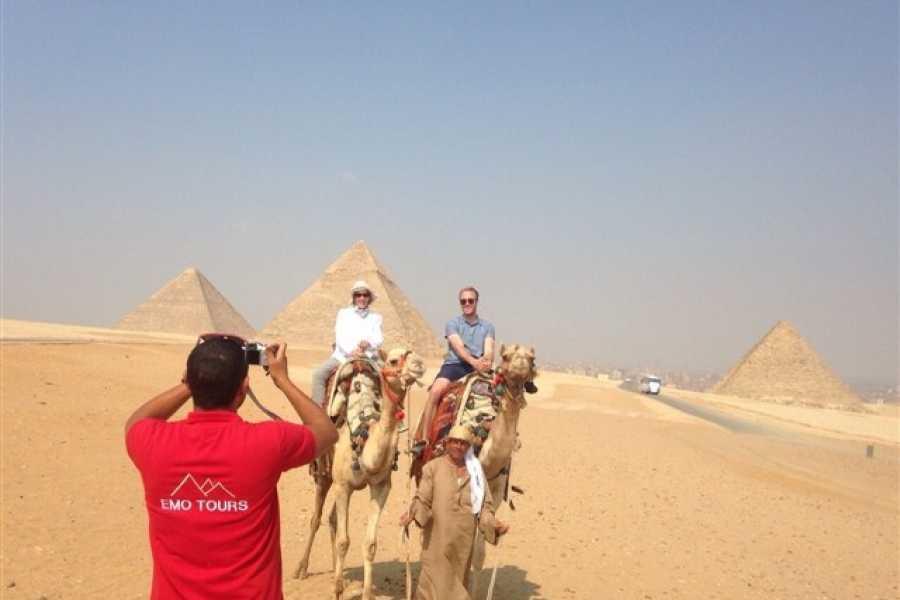 EMO TOURS EGYPT Passeio de um dia  PARA PIRÂMIDES DE GIZA MUSEU EGÍPCIO E KHAN KHALILI BAZAAR