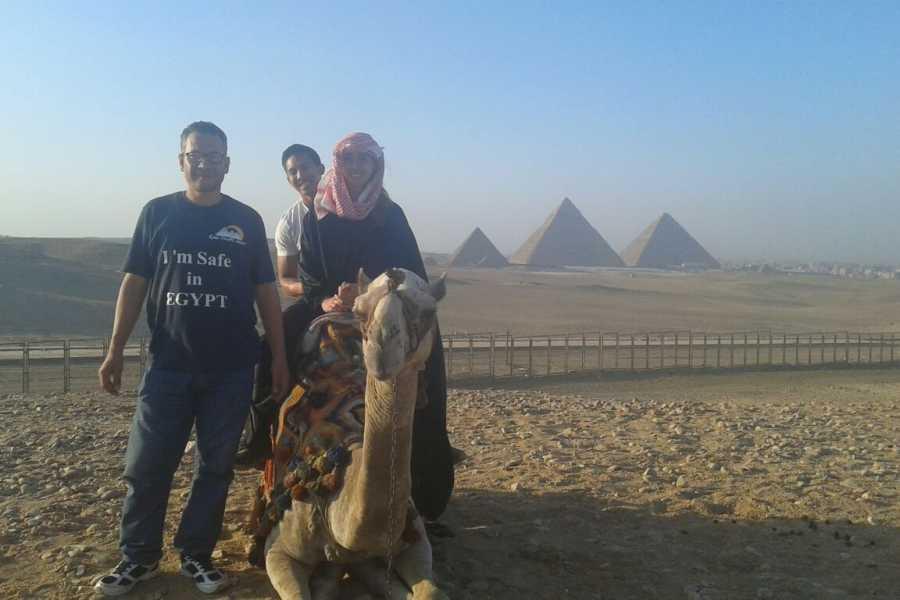 EMO TOURS EGYPT Day Tour to Giza Pyramids by Camel