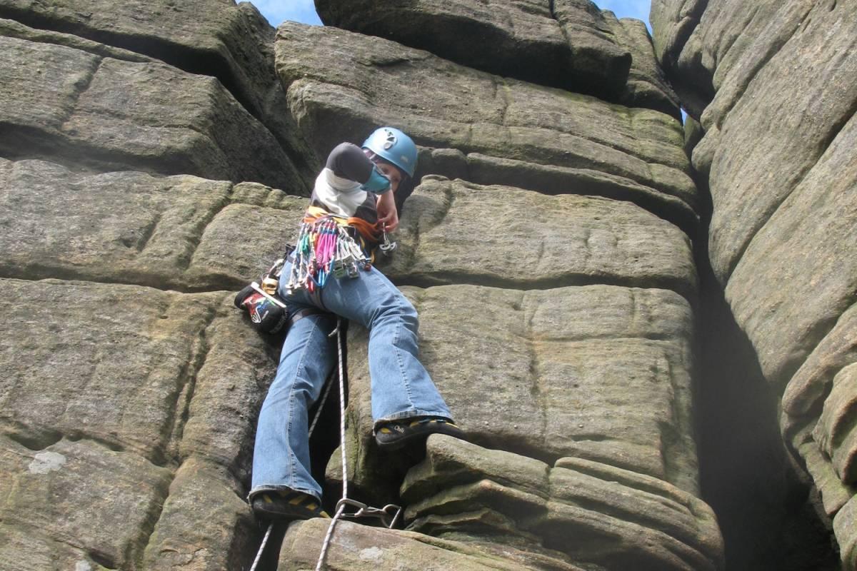 Spa Treks - Activ Adventure Peak District climbing coaching