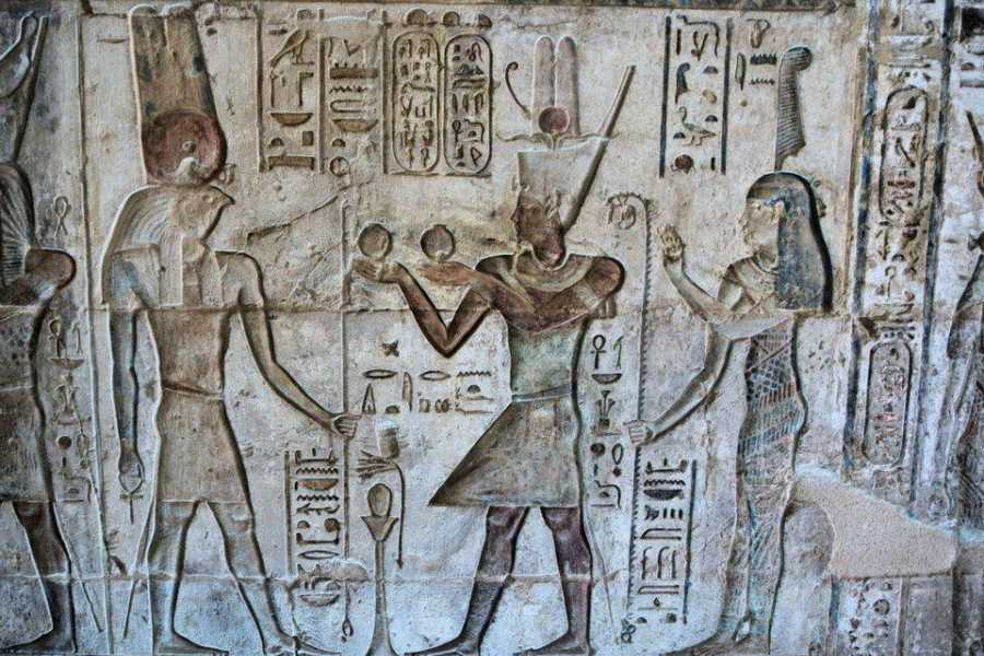 EMO TOURS EGYPT Luxor Excursions Visit Habu temple Valley Of Workers & Queens