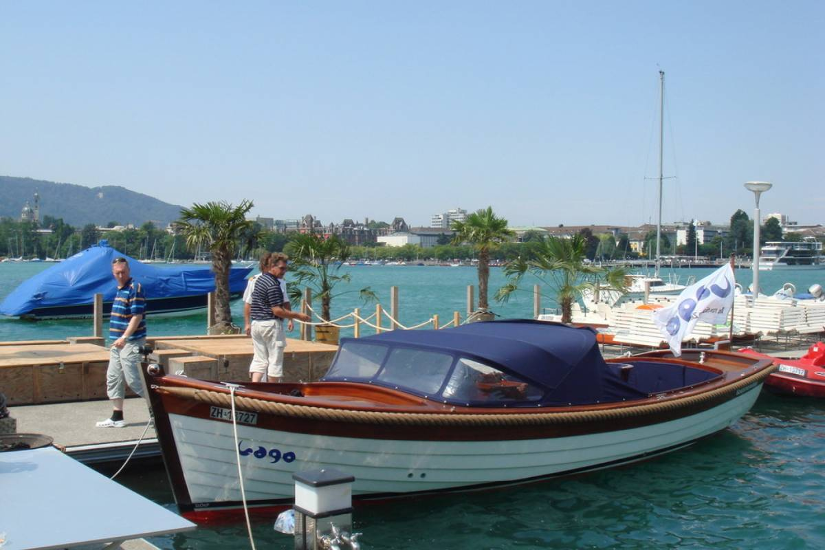 HB Adventure Switzerland AG Private Lake Cruise Lake Zurich
