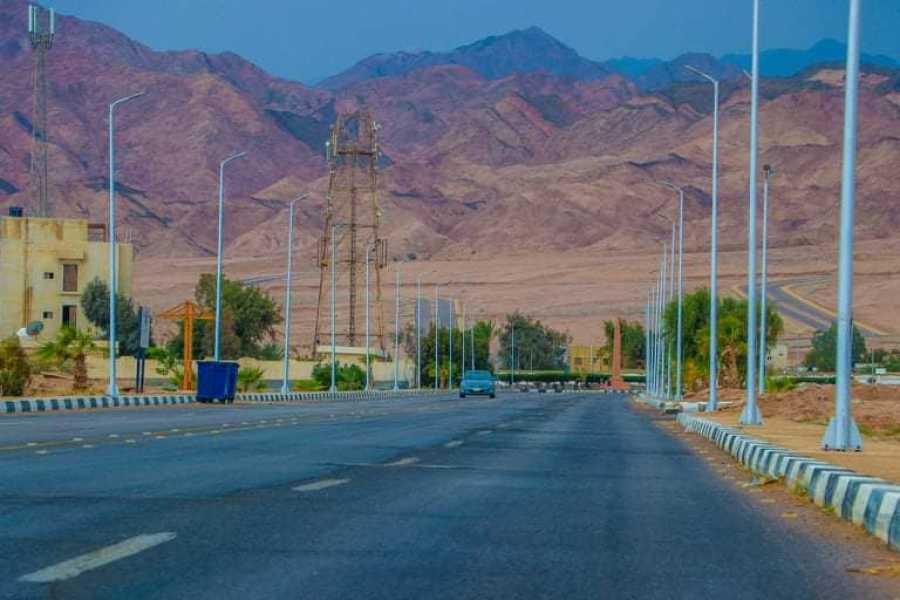 EMO TOURS EGYPT シャルムエルシェイク、クアッドバイクでサファリ旅行を砂漠に