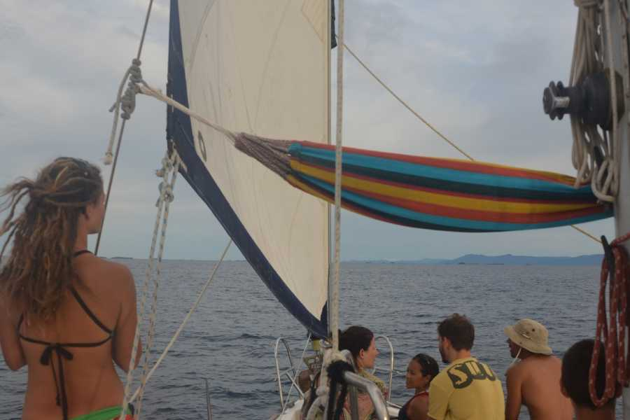 Cacique Cruiser BOAT TO COLOMBIA - Amande sailboat