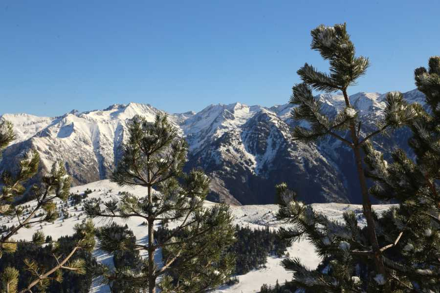 Spa Treks - Activ Adventure Pyrenees snowshoeing long weekend, Ax-les-Thermes