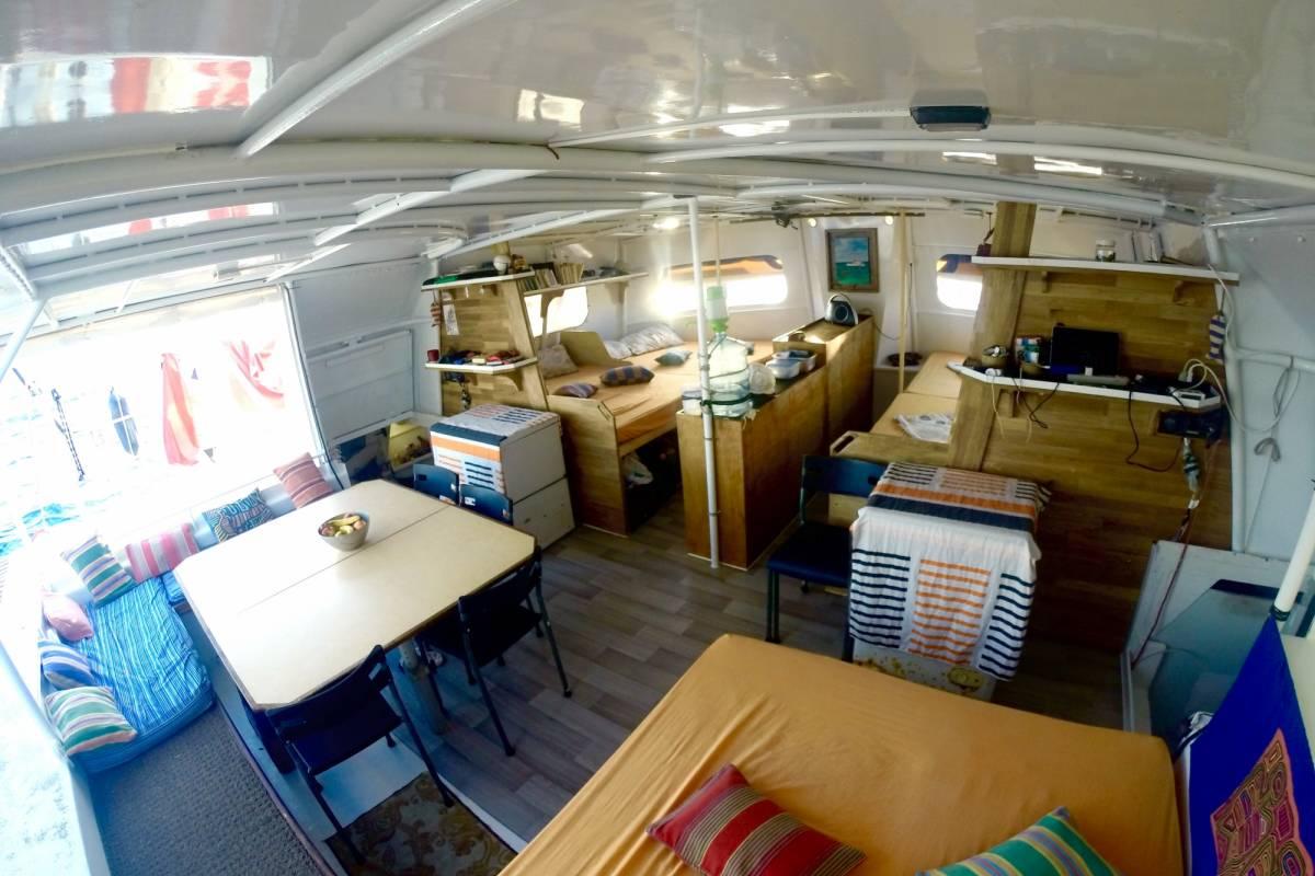 Cacique Cruiser BOAT TO COLOMBIA - Santana Catamaran