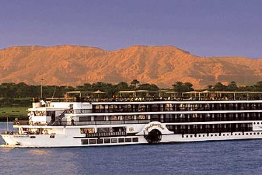 EMO TOURS EGYPT Egypt vacation Offers for 9 Days 8 Nights to Cairo Luxor and Aswan