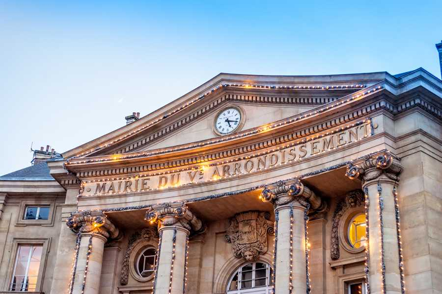 SANDEMANs NEW Paris Tours Paris Latin Quarter Walking Tour