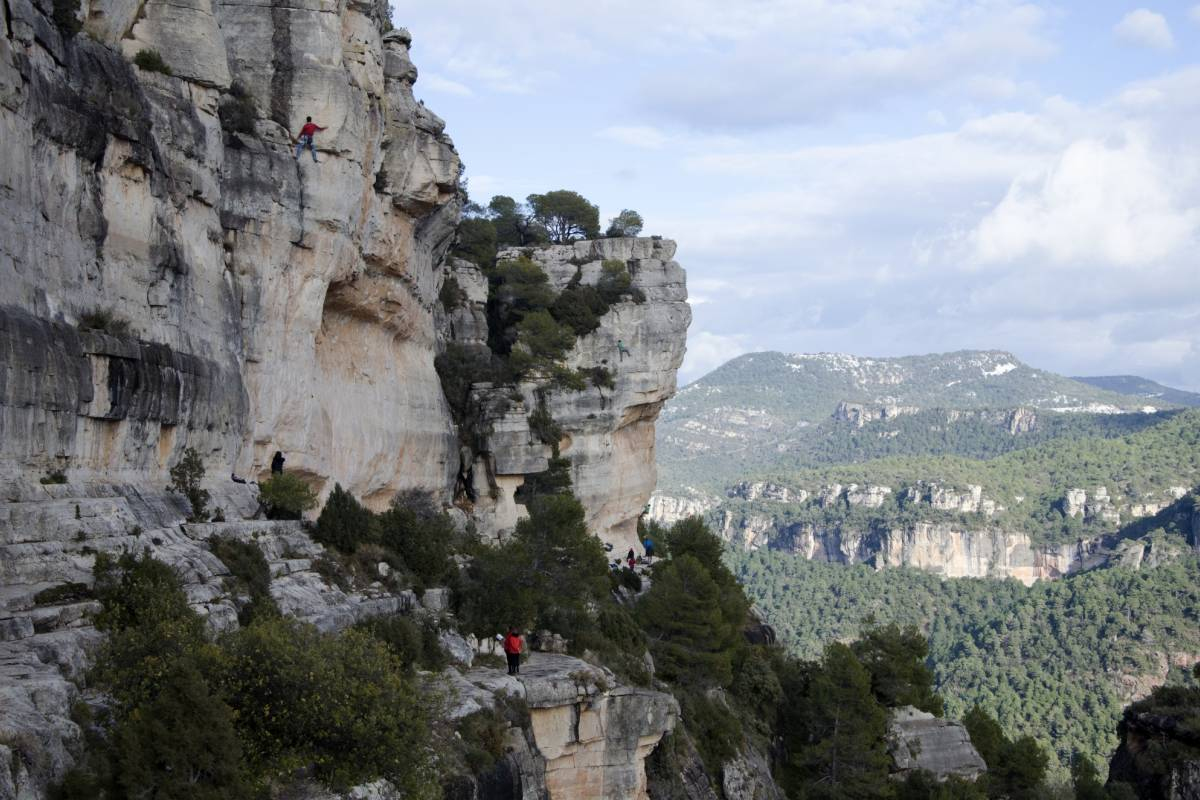 Spa Treks - Activ Adventure Catalunya Siurana Climb in Spain week