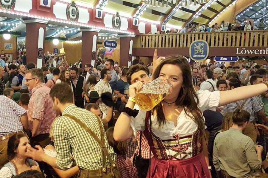 Bus2Alps AG Copenhagen 2 HOSTEL Oktoberfest
