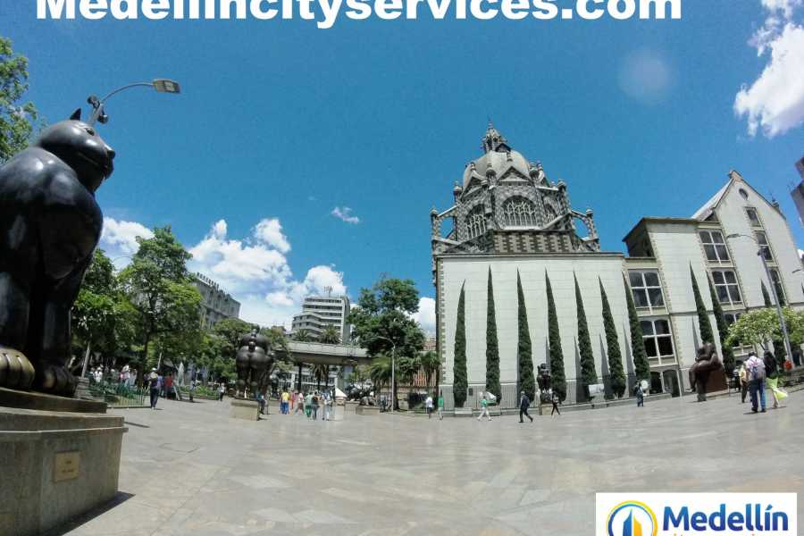 Medellin City Services Full Day Medellin City, Fondas and Food Tasting Tour