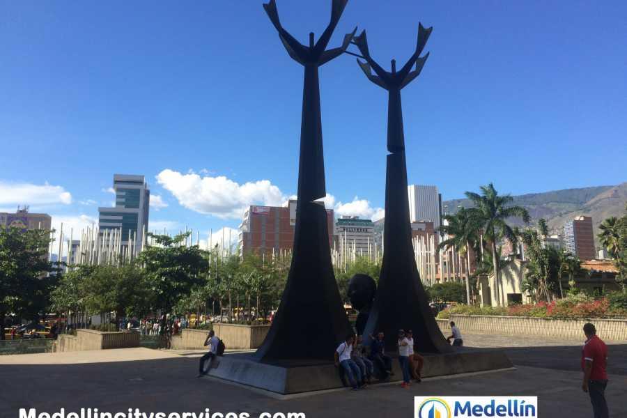 Medellin City Tours SUPER SAVER: Medellin City Tour + Real Estate Tour  + Food Tour