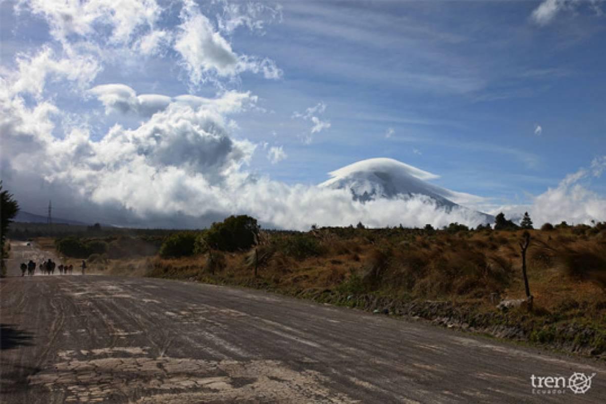 Go Montanita Tren de los Volcanes+Bus II
